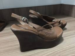 Sapato Plataforma número 37