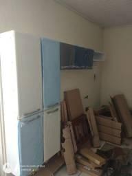 Armário de parede completo novo ?