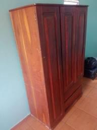 Guarda roupa madeira cedro
