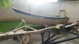 Barco 5 mts com reboque