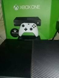 Xbox ONE (vendo ou troco em console de meu interesse)
