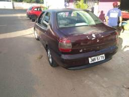 Vende carro Siena - 2000