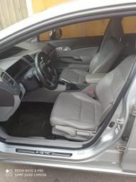 Carro Super conservado - 2012