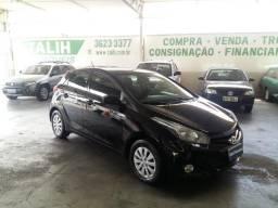 Hyundai/ Hb20 1.6 Comf. Plus Mec. Flex - 2013