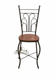 Cadeira BuffeT Ferro e Madeira