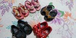 Sandálias infantil nunca usadas