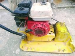 Máquina de compactação de solo