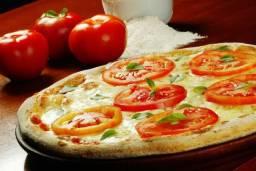Procuro freelancer pizzaiolo feminino/masculino