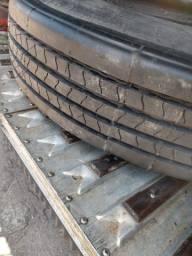 2 pneus - 1100/22 - oportunidade