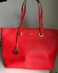 Bolsa DKNY couro prensado