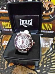 Relógio Everlast Analógico Esportivo E529