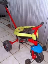 Triciclo seminovo