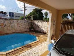 Casa com 720m2, são 3 suíte 1 quarto ao lado shopping Rio Anil