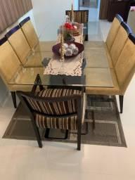 Mesa Tampo de Vidro bisotado com 8 cadeiras