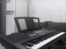 teclado yamaha psr e-333