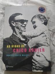 Livro As vidas de Chico Xavier