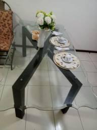 Vendo mesa de seis lugares( sem cadeiras) 2mx1m e 1cm de espessura
