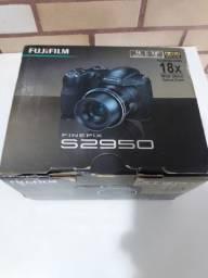 Camera Fujifilm finepix S2950