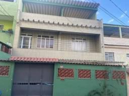 Vendo linda casa tríplex com 3 quartos, piscina e churrasqueira na Pavuna