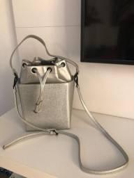 Bolsa metalizada alça dupla