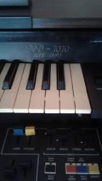 Vendo órgão Minami Usado
