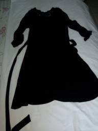 Vestido em malha-detalhe em renda