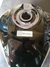 Tanque da Titan 150 2015 ESDI Preto em excelente estado de conservação