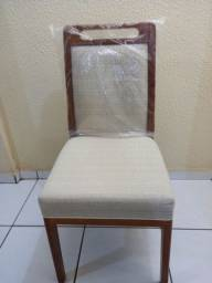 Cadeira e  madeira nova