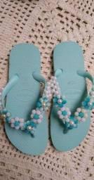 Sandálias decoradas mãe e filha