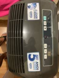 Ar condicionado portátil 12.000 BTUs (semi usado)