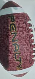 Bola de futebol americano seminova
