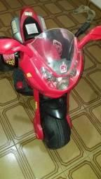 Moto Elétrica Infantil 6V SuperSport Bandeirantes