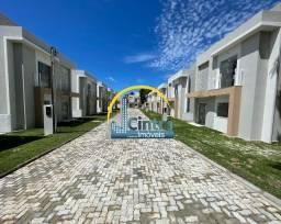 Vendo casa em Itapuã, 4 suítes, cond. fechado, R$ 465.000,00 E R$ 535.000,00!!