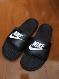 Chinelo Nike 44