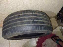 Vendo pneu 17 usado