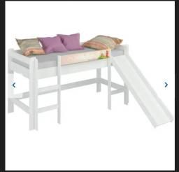 Cama Infantil Alta com Escorregador Completa com cortininha