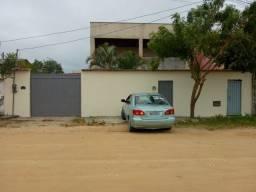 Venda de um imóvel com 2 casas ( uma sobre a outra)em Guriri norte ES