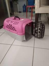 Caixa transporte de pet na cor rosa