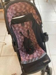 Carrinho  com bebê conforto cosco