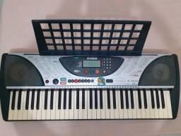 Teclado Yamaha PSR - 240