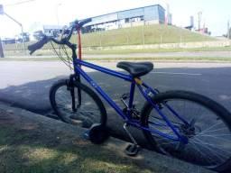 Vendo bike semi nova 600$