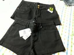 Vende-se Shorts e Camisas