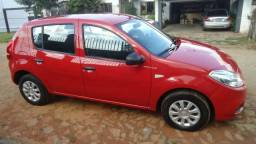 Sandero 2012 (novinho) carro básico - 2012