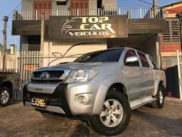 Toyota Hilux Cabine Dupla SRV 4P - 2011