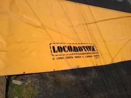 Vendo lona para caminhão 8 m de comprimento e 4 por 4 de largura