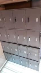 4 armários de arquivos