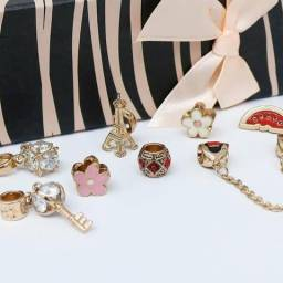 Loja de Semi jóias e jóias