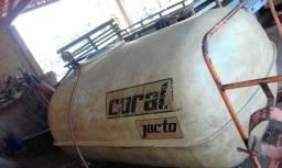 Pulverizador 2000 litros