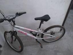 Bicicleta para criança nova