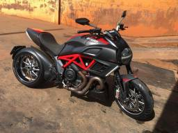 Ducate Diavel Carbon